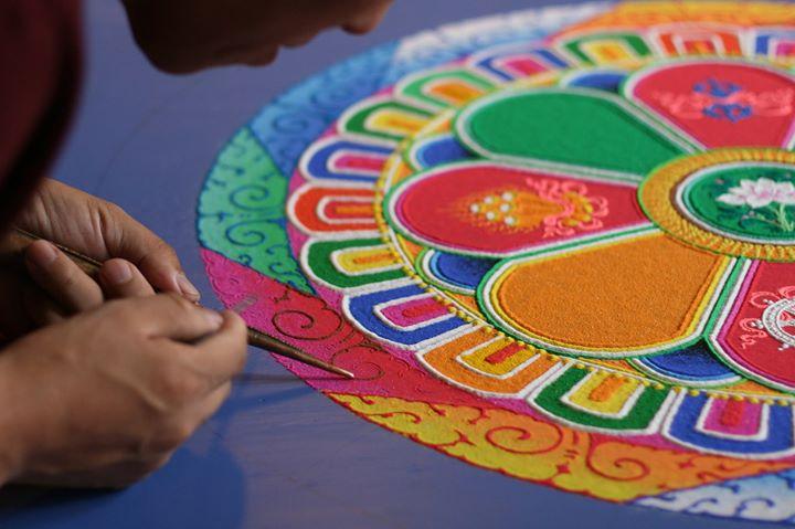 Mandala: 5 good reasons to color them